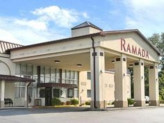 Henderson (KY) Ramada Henderson United States, North America Ideally located in the prime touristic area of Henderson, Ramada Henderson promises a relaxing and wonderful visit. The property features a wide range of facilities to make your stay a pleasant experience. Service-minded staff will welcome and guide you at the Ramada Henderson. Comfortable guestrooms ensure a good night's sleep with some rooms featuring facilities such as air conditioning, heating, wake-up service, d...