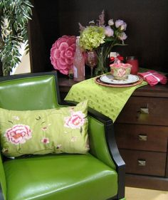 green and pink goes nicely together in this room