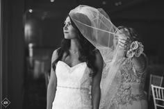 Grand Oaks Country Club wedding captured by Staten Island wedding photographer, J&R Photography