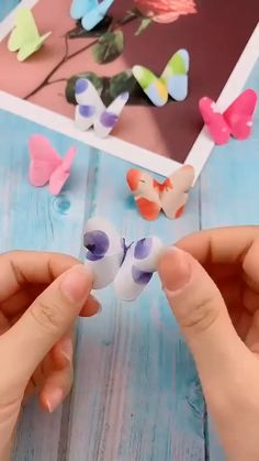 Cool Paper Crafts, Paper Flowers Craft, Paper Crafts Origami, Diy Paper, Fun Crafts, Diy Crafts Hacks, Diy Crafts For Gifts, Diy Home Crafts, Creative Crafts