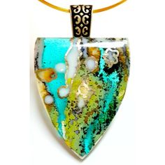 This is volume #5 in Tanya Veit's Extreme Fused Glass Jewelry DVD set. Tanya focuses on the organic and flow of using glass frit, vitrograph & reactive glasses.Wait until you see the glass box. This has never been taught in an