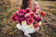 Bold Dahlias / Wedding Flower Trends / Florist: Mikarla Baeur / Photographer Amelia Fullarton / View full post on The LANE