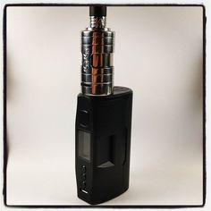 Today I will mostly be vaping some Nata (Portuguese custard tart) in a big old GG TAE both perched upon a black Vapedroid.