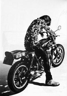 Cafe Racer Bikes, Biker, Darth Vader, Japanese, Rock, Cool Stuff, City, Illustration, Image