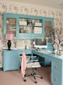 You won't mind getting work done with a home office like one of these. See these 20 inspiring photos for the best decorating and office design ideas for your home office, office furniture, home office ideas Home Desk, Home Office Space, Home Office Design, Home Office Furniture, Home Office Decor, Office Ideas, Office Designs, Desk Space, Small Office