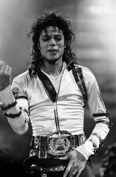 myinspirationmj: More Michael Jackson photos at Aintree, September 11 1988