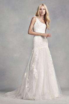 Extra Length White by Vera Wang 3D Flower Wedding Dress - Ivory, 26W