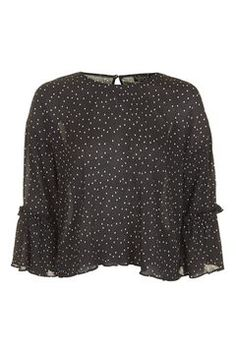 Were loving the feminine feel of this crinkled top in a black and white spotted print. Comes with fluted sleeves for an extra-pretty look. Topshop Tops, Asos, Fashion Essentials, Clothes For Women, Work Clothes, My Style, Sleeves, Outfits, Trumpet