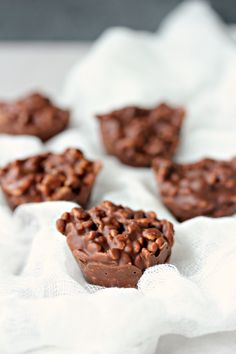 Chocolate Crunch Bites satisfy your sweet tooth without needing to turn on the oven. Perfection!