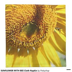 SUNFLOWER WITH BEE Cloth Napkin