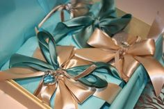 A Gift Wrapped Life - Gifting Tips, Advice and Inspiration: Looking for Embellishments
