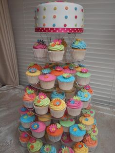 Brightly colored cupcakes. Photo from Fickr