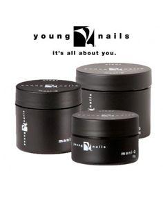 Young nails ManiQ gel 15g Prachtige transparante, uiterst elastische natuurlijke nagel gel. Gemakkelijk en snel aan te brengen. Indien goed aangebracht, zal de gel niet breken, scheuren of stukjes verliezen. Minimaal 4 weken lang houdbaar. Afweekbaar met aceton. Ook zeer geschikt voor teennagels, mengen met glitters of het maken van een French Manicure in combinatie met de witte (of gekleurde) ManiQ Color.