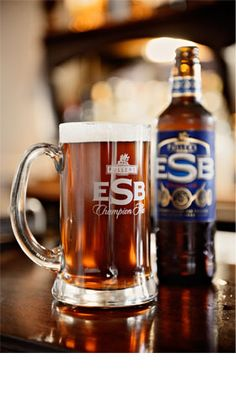 Fullers ESB - amber, marmalade taste, slightly spicy aftertaste, warming yet refreshing. Nice glass tankard too. On draught @ The Viaduct, Hanwell