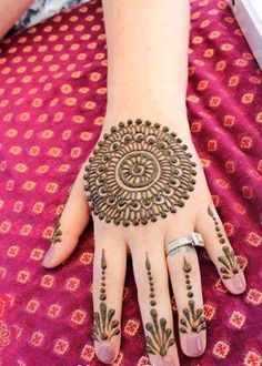 Most Simple & Easy Peacock and Round Tikki Mehndi Designs Collection - Best Designs You Should Must Try | StylesGap.com