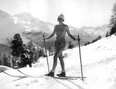 Turisti St. Moritzin olympiakisoissa 1928. Urheilumuseon valokuvakokoelmat.