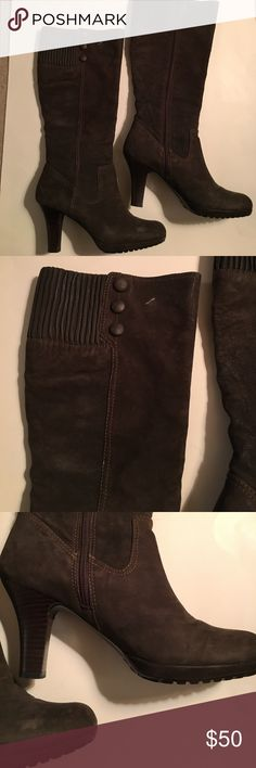 Sofft suede knee high boots, 9.5 Excellent condition other than some scuffing and a white mark on the right one. Could be buffed out Sofft Shoes Heeled Boots