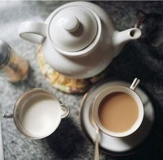 i don't drink tea but love this photo