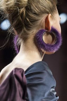 Naeem Khan, Fall 2017 - New York's Bold Runway Jewelry - Photos