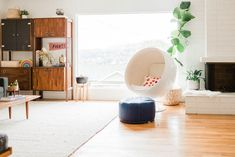 The Airy + Open Home Of A Graphic Designer And Creative Director | Glitter Guide
