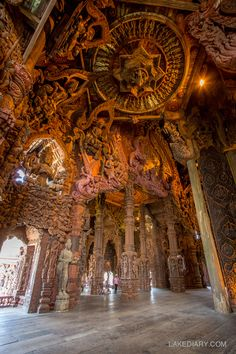 12 Amazing Facts about Sanctuary of Truth, Pattaya - Lake Diary Indian Temple Architecture, Ancient Architecture, Beautiful Architecture, Culture Of Thailand, Hindu Statues, Pattaya Thailand, Watercolor Paintings Abstract, Hindu Art, Ancient Art