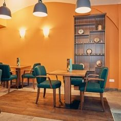 1. bezirk wien Table, Furniture, Home Decor, Voyage, Decoration Home, Room Decor, Tables, Home Furnishings, Home Interior Design