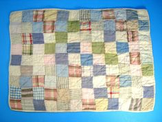 "Vintage Antique Doll Quilt  **19"" x 14""**"