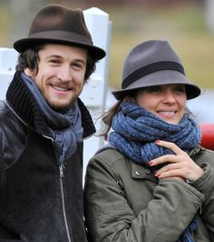 Marion Cotillard and husband Guillaume Marion Cotillard Style, Beautiful Couple, Beautiful Men, Marion Cotilard, French Actress, Cool Street Fashion, Street Style, Soft Classic, French Chic