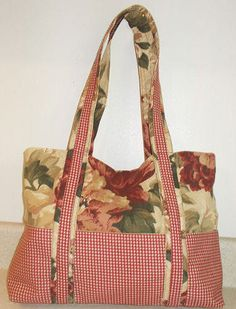 Free Pattern to Create a Two Tone Fabric Hand Bag with Pockets ~ A created and crafted purse!