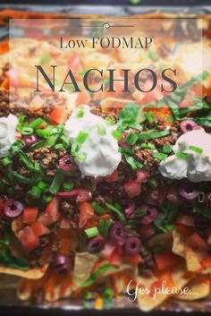 Your whole family will enjoy these low FODMAP nachos. Made with FODMAP friendly ingredients, these FODMAP friendly nachos will wow the crowd . Lchf, Banting, Dieta Fodmap, Ibs Diet, Ulcer Diet, Metabolic Diet, Mexican Seasoning, Food Map, Fructose Free