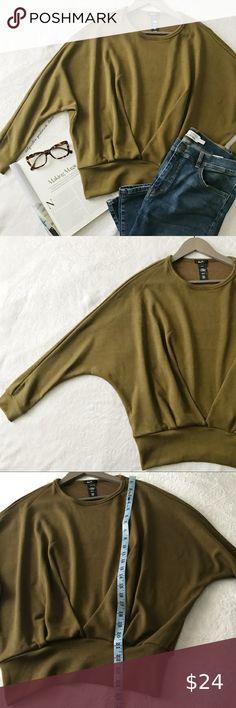 I just added this listing on Poshmark: Green Folded Front Dolman Sweatshirt. Plus Fashion, Fashion Tips, Fashion Design, Fashion Trends, Shades Of Green, Professional Photographer, Khaki Pants, This Or That Questions, Sweatshirts