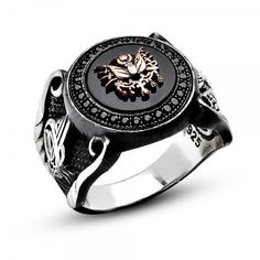 Discover the men's onyx rings with natural gemstones. Black onyx stones are in harmony with 925 sterling silver. Free worldwide shipping on all orders online. Mens Gold Rings, Sterling Silver Mens Rings, Rings For Men, Knights Templar Ring, Unique Diamond Rings, Onyx Ring, Signet Ring, Silver Man, Fashion Rings
