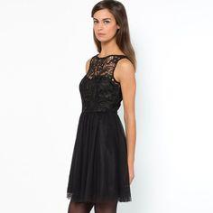 Sukienka w stylu baletnicy z V-z tyłu.