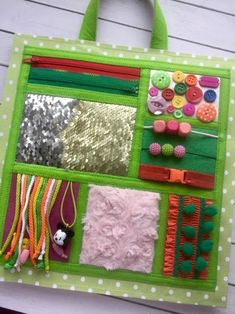 Diy Sensory Toys, Sensory Book, Baby Sensory, Sensory Activities, Babysitting Activities, Rainbow Ribbon, Fidget Blankets, Felt Books, Quiet Books
