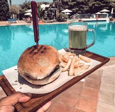 Nothing like a cold #beer and a #hamburger by the pool for #lunch. Your typical #saturday at #caraviabeach #kos #greece 📷@richardsvoboda Beach Pool, Salmon Burgers, Kos, Hamburger, Greece, Beer, Lunch, Ethnic Recipes, Greece Country
