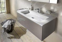 Auf der SHK Essen hat Keuco zur Ergänzung der Edition 11 einen neuen Keramik-Waschtisch in klassisch rechteckiger Form mit großer umlaufender Ablagefläche vorgestellt. Er wird in den drei Abmessungen angeboten.