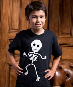 Dancin' Skeleton Crochet Appliqué - free crochet pattern