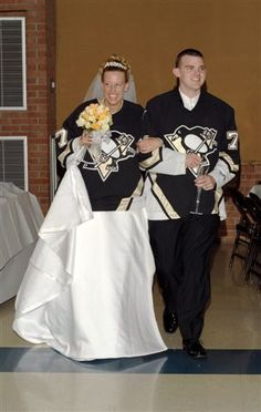 last names and dates on jersey's to walk in? whole wedding party with their own names/fav player?