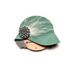 broche sombrero verde