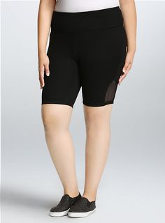 Shop the latest women's plus size workout clothes, active, athletic wear, & yoga clothes at Torrid! Find cute exercise clothes designed to fit your curves at the gym. Trendy Plus Size Clothing, Plus Size Outfits, Plus Size Fashion, Short Outfits, Girl Outfits, Plus Size Workout, Workout Wear, Post Workout, 4 Way Stretch Fabric