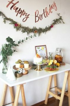 EARLY SUMMER / サマーパーティー バースデー / PARTY | ARCH DAYS Birthday Drinks, Birthday Table, Birthday Balloons, Baby Boy 1st Birthday, 14th Birthday, 1st Birthday Parties, Simple Birthday Decorations, Diy Party Decorations, Ideas Aniversario