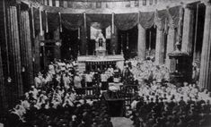 First dail - Michael Collins (Irish leader) - Wikipedia Michael Collins, Ireland 1916, Irish People, Old Photos, History, Dublin, Lineage, Belfast, Funeral