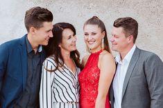 Family Posing, Family Photos, Couple Photos, School Is Over, Graduation Photoshoot, Graduation Photography, Joy And Happiness, Stunningly Beautiful, Senior Portraits