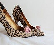 Leopard spot shoes from www. Leopard Spots, Painted Shoes, Wedges, Heels, Fashion, Heel, Moda, Fashion Styles, Wedge