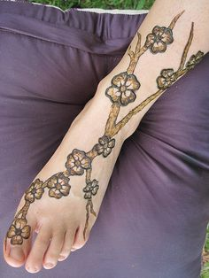 Henna tattoo only, but still... that would be fairly awesome.