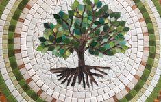 Mandala em mosaico Árvore da Vida 80 no Elo7 | Coral Mosaicos (E34CC6) Mosaic Wall Art, Mosaic Glass, Mosaic Tiles, Mosaic Designs, Mosaic Patterns, Tree Of Life Art, Mosaic Stepping Stones, Mosaic Madness, Mosaic Crafts