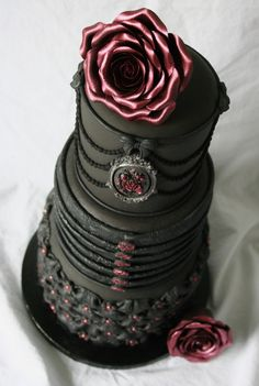 Gothic wedding cake. Really love this. Check out the detail photos on the original website.