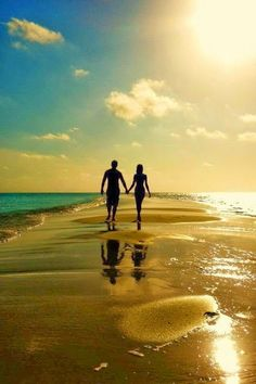 Lovers Images, RP FHDQ Wallpapers For Desktop And Mobile Lovers Picture Wallpapers Wallpapers) Beach Pictures, Couple Pictures, Silhouette Couple, Lovers Pics, Everlasting Love, Photo Couple, Cute Couples Goals, Love Wallpaper, Couple Photography