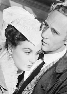 Scarlett O'Hara (Vivien Leigh) with Ashley Wilkes (Leslie Howard) in Gone with the Wind.