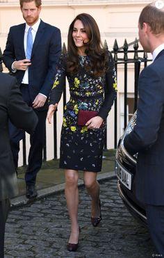 La duchesse Catherine de Cambridge, le prince William et le prince Harry arrivent le 17 janvier 2017 à l'Institut d'art contemporain de Londres pour une réunion de leur association Heads Together en vue du marathon de Londres au mois d'avril, où Heads Together sera l'Association de l'année.